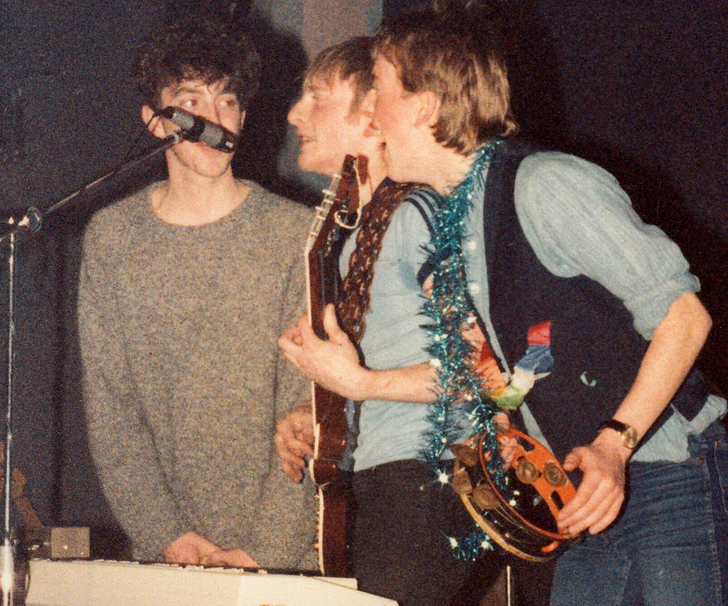 Cloudburst 1982, Stage invasion